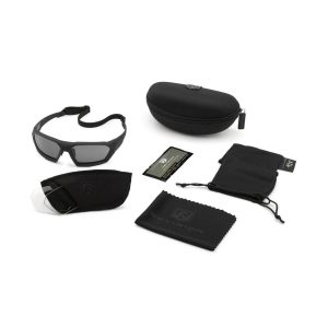Revision SHADOWSTRIKE BALLISTIC SUNGLASSES MILITARY KIT.